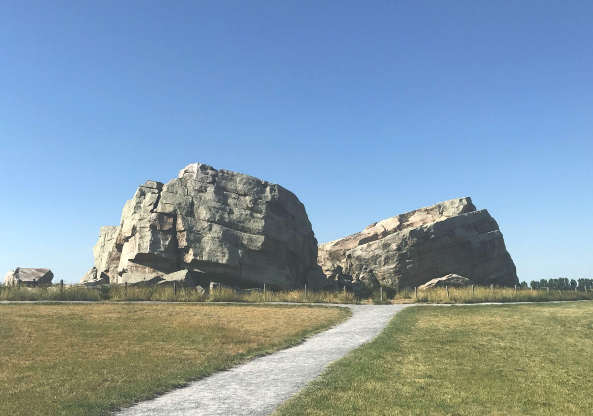 Picture of Okotoks Erratic
