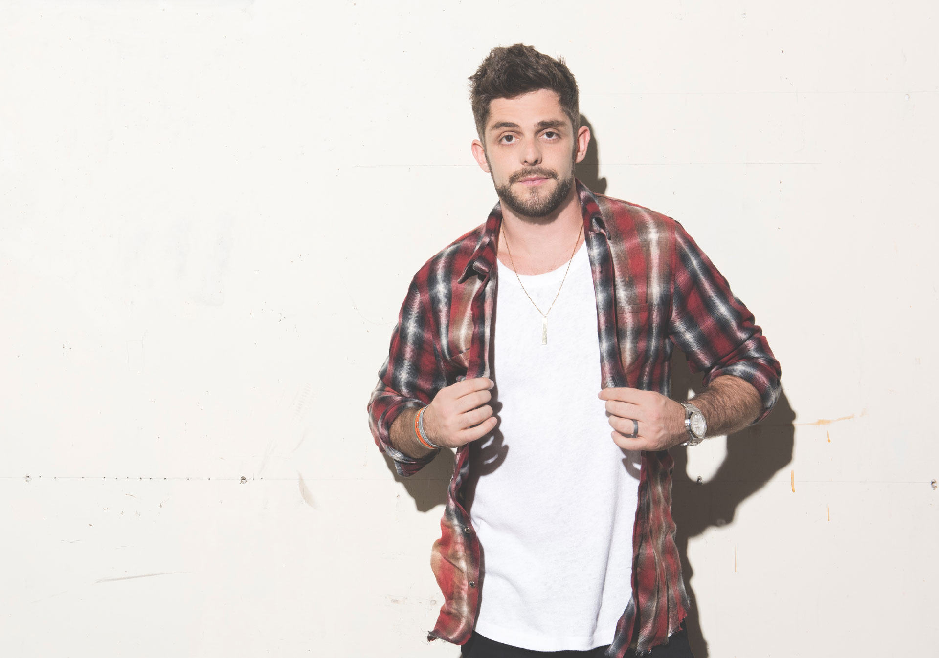 Thomas Rhett comes to Calgary May 8th.